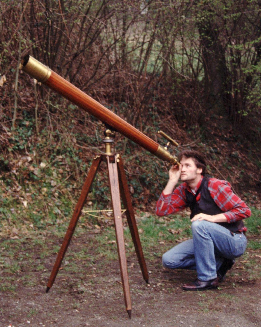 Das älteste Teleskop, durch das ich einen Blick werfen konnte. 9cm Merz Refraktor der Starkenburg-Sternwarte, Baujahr um 1860