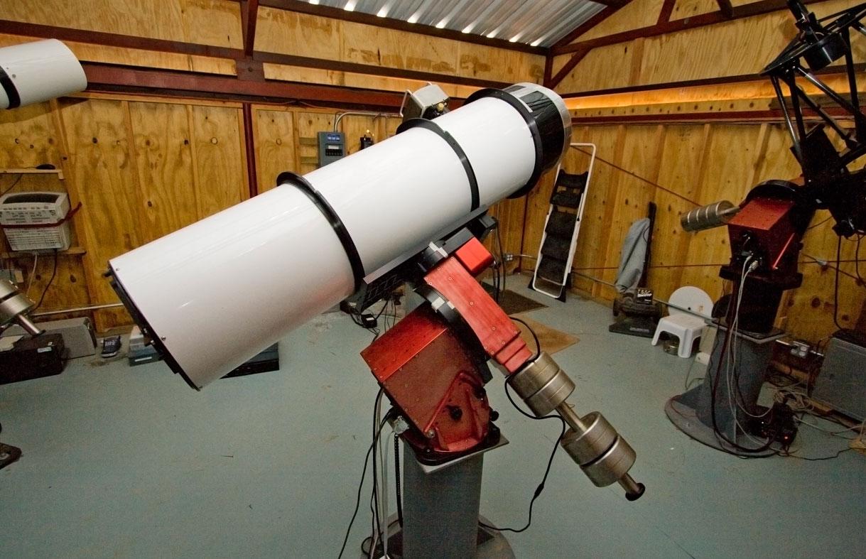 Teleskop in Mayhill, USA (H10) 35cm Maksutov-Newtonian f/3.8 Reflektor mit ST-10XME