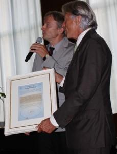 Dr. Bruno Deiss (links) und Dr. Kosta Schopow (rechts)