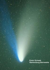 Komet Hale-Bopp am 01.04.1997  mit Celestron Schmidt-Kamera d=140mm f=225mm  auf Kodak Elite 100, 10 min. Belichtung