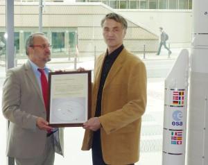 Übergabe der Urkunde an den Ob von Darmstadt Walter Hoffmann am 14.9.2010